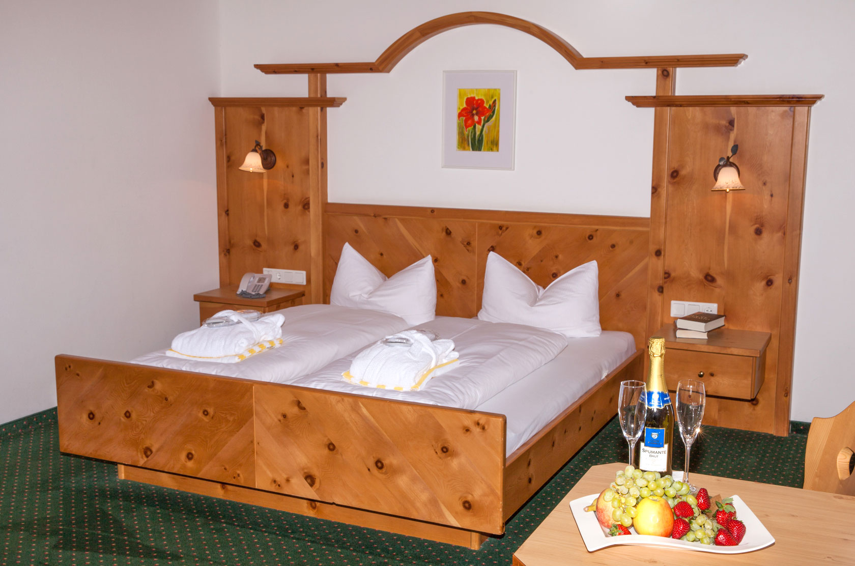 Double bed in the category pine