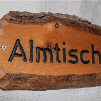 Almtisch at the mountain hut